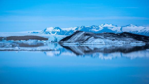 冰岛 瓦特纳冰川杰古沙龙冰河湖船体验 适合自驾