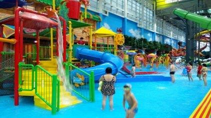热浪岛室内恒温水公园由安徽中唐热浪岛文化旅游公司