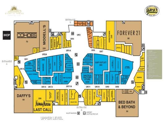 射击结束后,去到附近的Elizabeth ,Jersey Gardens是一个室内的两层购物中心,有230多家店铺和两家百货公司,分别是Saks Fifth Avenue off 5th和Last Call by Neiman Marcus,里面集结了欧美各大品牌,更不用说美国的潮流品牌啦。本来就是奥特莱斯店,再加上新泽西州更加优惠的税率政策,价钱自然和伍德伯里奥特莱斯有的一拼。Abercrombie & Fitch Outlet、Armani Exchange、 Banana Republic