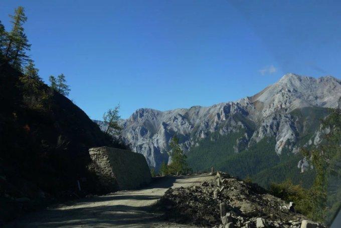旅游风景大路图片