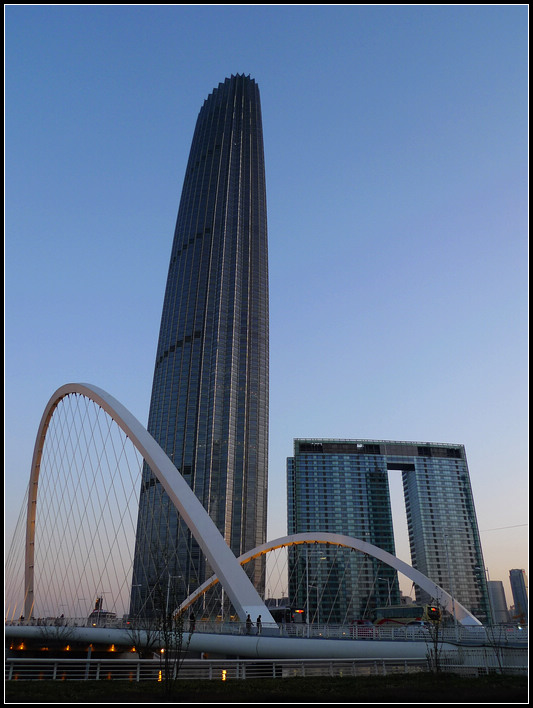 津塔建筑作为天津城市主中心的新地标
