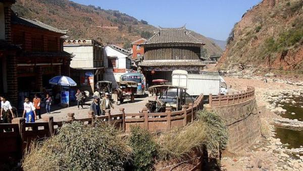 南京带游泳池别墅-黑井,从入了这条街道,一段落寂的历史开始呈现   大龙祠:祭