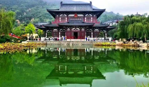 华清宫——华清池景区,骊山风景区(游览时间: 约2小时30分钟)
