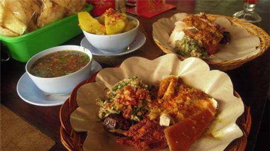 乳猪饭+乌鲁瓦图+梦幻海滩下午茶+金巴兰海鲜bbq(可加选龙虾及自助餐)