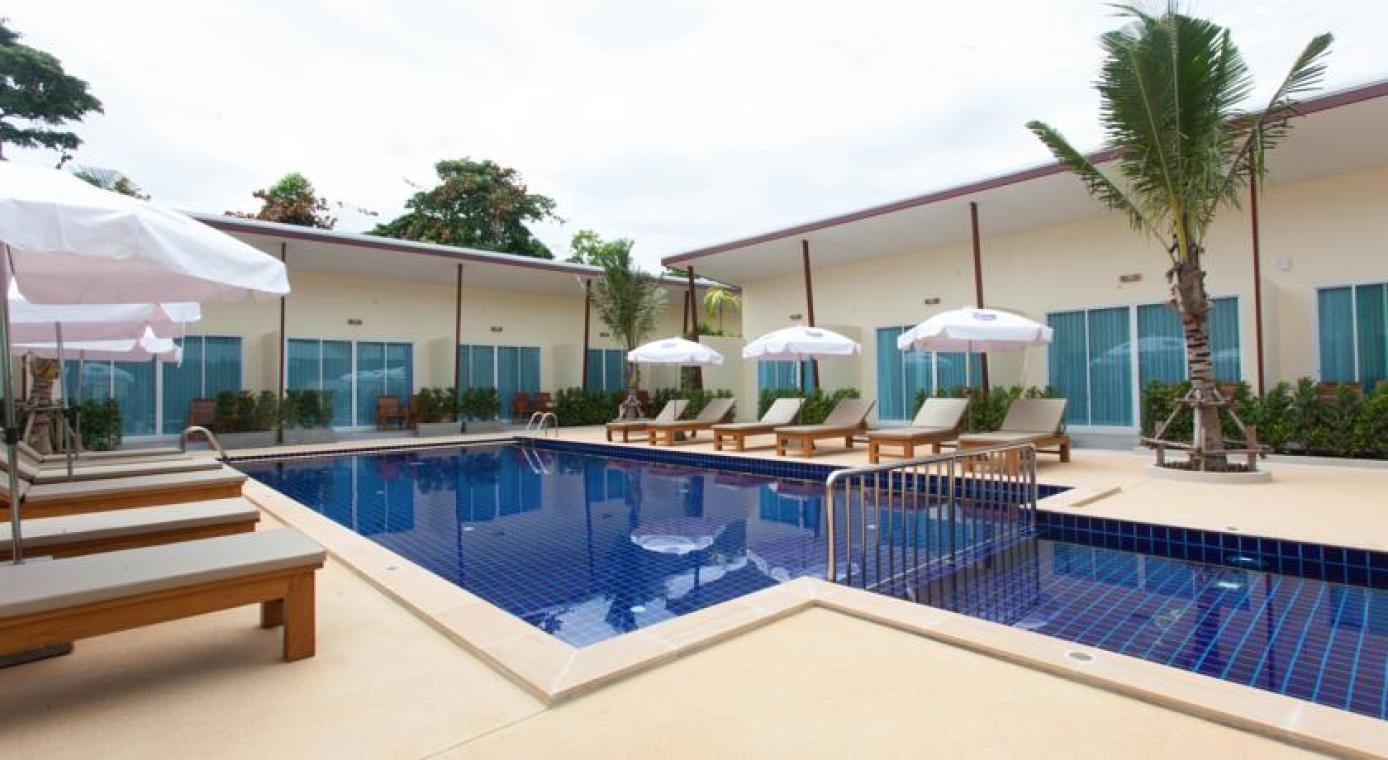 查龙公主泳池别墅度假村